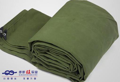 襄阳雨布批发厂家分析江船需要用雨布覆盖因素